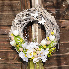 Dekorácie - Jarný veniec na dvere s motýľmi  - 9054994_