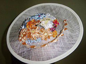 Ozdoby do vlasov - Spoločenský klobúčik (fascinátor) - 9057510_