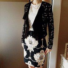 Kabáty - Vlnený svetrík s pajetkami - 9063235_