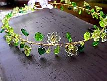 zeleno-zlatý korálkový venček
