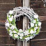Dekorácie - Jarný veniec na dvere - 9063639_