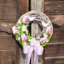 Dekorácie - Jarný venček na dvere - 9059964_