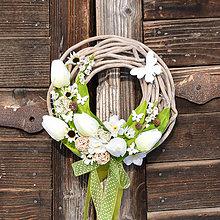 Dekorácie - Veľkonočný venček na dvere - 9060135_