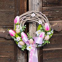 Dekorácie - Veľkonočný venček na dvere - 9062430_
