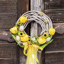Dekorácie - Jarný žltý venček na dvere - 9062774_