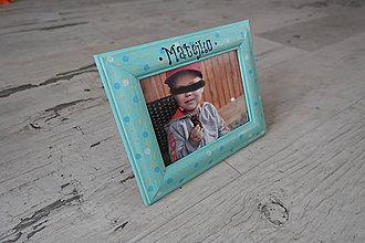 Detské doplnky - Detský drevený fotorámik modré BoDkY s menom - personalizovaný - 9060982_