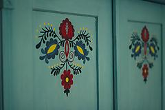 Nábytok - Folklórna skriňa - 9062529_