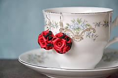 Náušnice - Kytica, ruže, náušnice, fimo - 9064447_