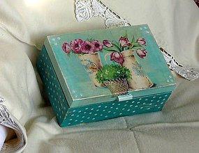 Krabičky - bodky na tyrkyse - 9067394_