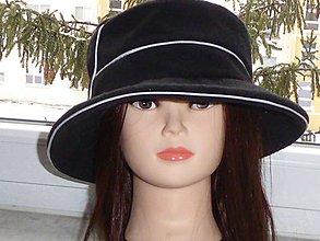 Čiapky - Dámsky klobúk čierny - 9067963_