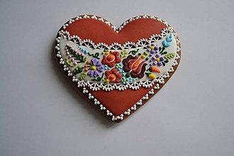 Dekorácie - Valentínsky medovník v ľudovom - 9073174_
