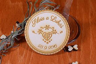 Darčeky pre svadobčanov - Svadobná magnetka drevená gravírovaná 139 - 9069852_