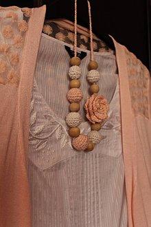 """Náhrdelníky - Háčkovaný náhrdelník """"Sweet peach"""" - 9077175_"""