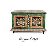 Nábytok - Ručne maľovaná miniatúrna truhlica z Litomyšlska - 9074430_