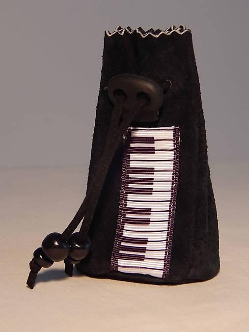 M006 kožený meštek čierny s tmavozeleným odtieňom