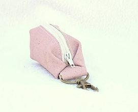 Kľúčenky - Korková kľúčenka - 9081684_