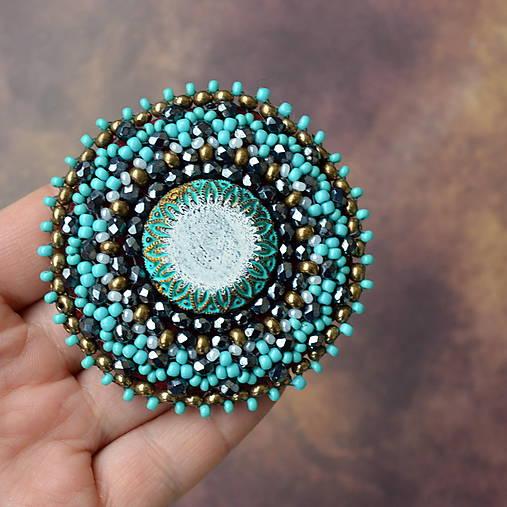 Turquoise mandala n.2- vyšívaná brož