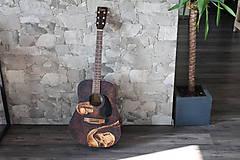 Hudobné nástroje - Gitara s ručne vypáleným motívom - 9081306_