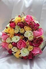 Kvetinový veniec na dvere, aj na svadbu ružový MAX.