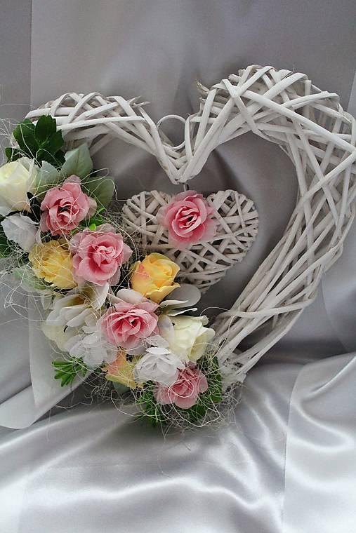 6b3d88f4e Kvetinové srdce na dvere, aj na svadbu ružové II. / LillyDecor ...