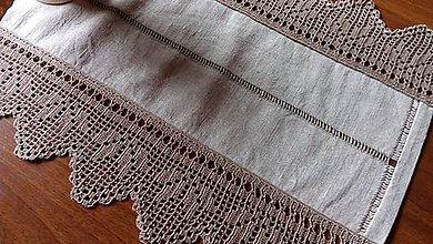 Úžitkový textil - ***  stredový obrus s ažurovou výšivkou*** - 9089082_