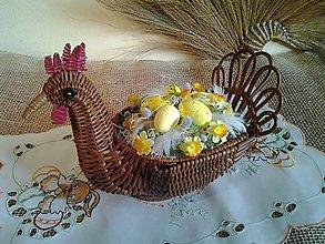 Dekorácie - veľkonočná dekorácia ratanová sliepočka-ZĽAVA - 9088969_