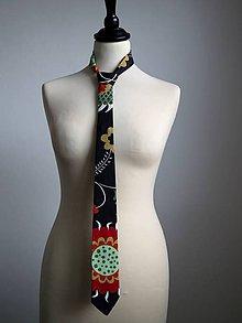 Doplnky - kravata s farebnými kvetmi - 9090372_