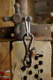 Kľúčenky - Kľúčenka HADÍK - slivka mirabelka - 9089009_