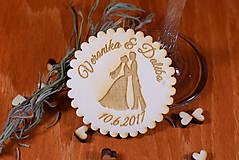 Darčeky pre svadobčanov - Svadobná magnetka drevená gravírovaná 142 - 9087448_