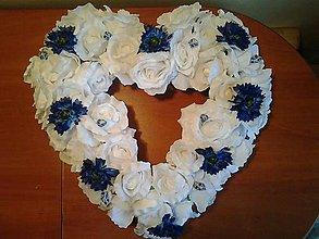 Dekorácie - folklórna svadobná výzdoba na auto bielo-modrá - 9091839_
