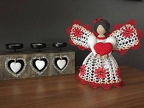 Dekorácie - Háčkovaný anjel č. 4 - 9091571_