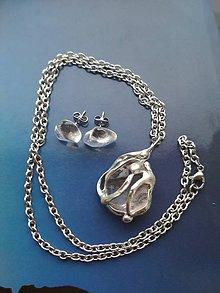 Sady šperkov - Krištáľový náhrdelník a náušnice z chirurgickej ocele. - 9094179_