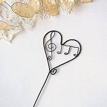 Dekorácie - malé srdiečko zápich s husľovým kľúčom - 9096266_