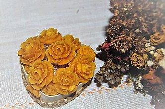 Dekorácie - Srdiečko s ružami - 9098286_