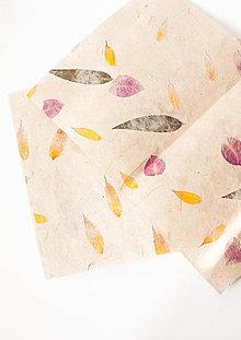 Papier - Ručný papier s kvetmi (41x28cm) - 9096651_