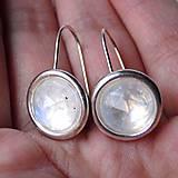 Náušnice - Elegant Faceted Moonstone Earrings / Náušnice s brúseným mesačným kameňom /0391 - 9100745_