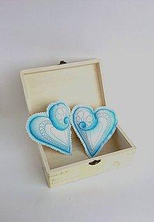 Dekorácie - Srdiečka maľované štetcom a ihlou  (Modrá) - 9105736_