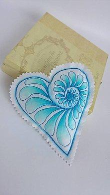 Dekorácie - Srdiečka maľované štetcom a ihlou - kus (Modrá) - 9105860_