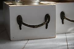 Nábytok - Debničky s vintage úchytom - 9102811_