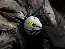 Náhrdelníky - Žltý vtáčik na konáriku - ZĽAVA z 8 € - 9101586_