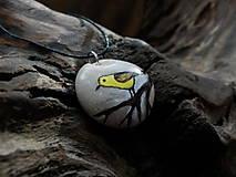 Náhrdelníky - Žltý vtáčik na konáriku - ZĽAVA z 8 € - 9101590_