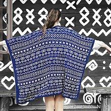 Iné oblečenie - Hrejivé pončo ČIČMANY z ovčej vlny/merino (veľ. UNI, rôzne farby) (Modro-biela) - 9105524_