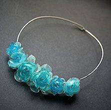 Náhrdelníky - Náhrdelník obruč s tyrkysovými kvemi - 9110991_