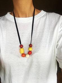Náhrdelníky - Veselé ručne robené náhrdelníky - 9111127_
