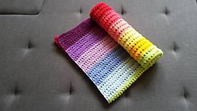 Pestrá dúhová pásikavá deka