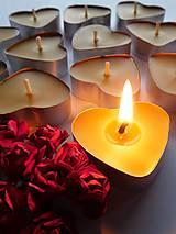 Svietidlá a sviečky - Čajová sviečka ♥ (včelí vosk), 10ks - 9113287_