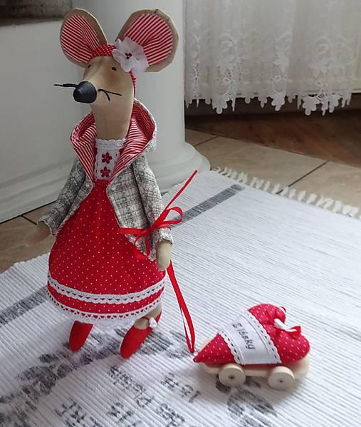 Červená myška