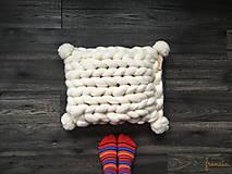Úžitkový textil - Merino vankúš POM POM - 9112262_