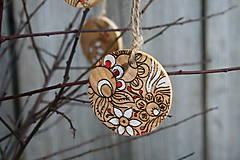 Dekorácie - drevená závesná dekorácia12 - 9112641_