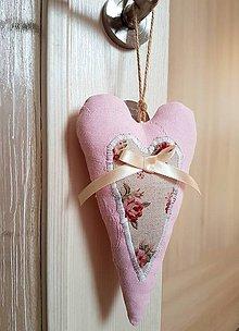 Dekorácie - ružové srdiečko - 9123200_